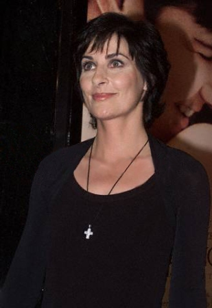 IRISH SINGER ENYA AT PREMIERE OF FILM SWEET NOVEMBER