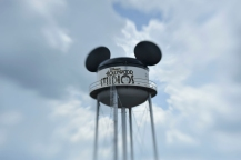EARFFEL TOWER AT DISNEY'S HOLLYWOOD STUDIOS