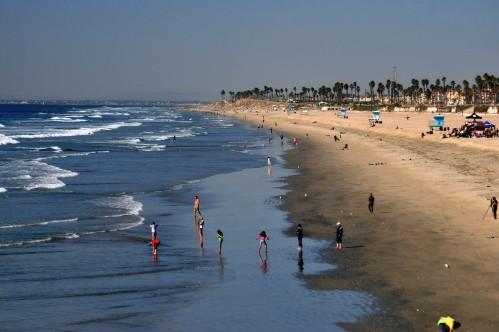 Huntington Beach and Pier (with Long Beach at horizon) December 2011 134
