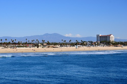 Saddle-back Mountain from Huntington Beach Municipal Pier - December 2011