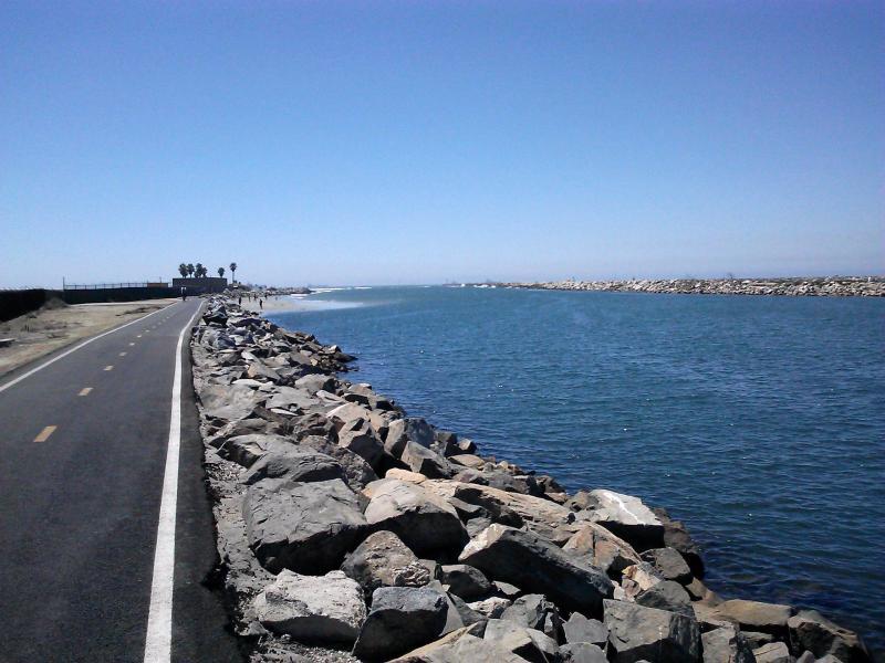 Seal Beach San Gabriel Bike Trail - River's End Cafe - Pacific Ocean