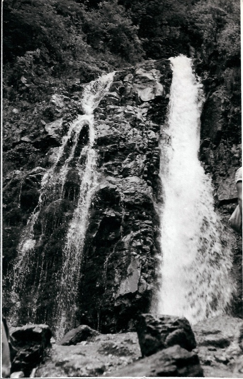 Cascada (Waterfall) Urlatoarea (the Screamer) In Masivul Bucegi, Carpatii Meridionali_Romania 1973