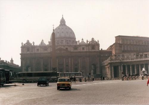 Piazza San Pietro_ Rome February 1984202
