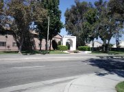 Downey Historical Arch: this arch served as entrance to the Downey Grammar School (19 16-1956, and first Downey City Hall (1956-1984)