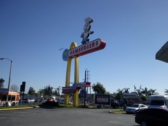 Americana: second McDonalds fast food stand: Opened in Downey, CA (Lakewood/Florence_1953)