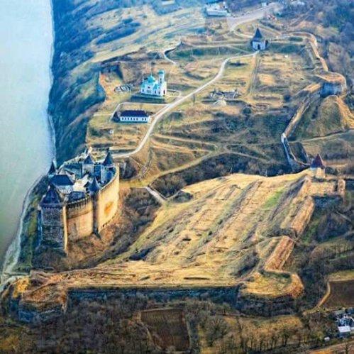 Cetatea Hotin, azi în Ucraina.