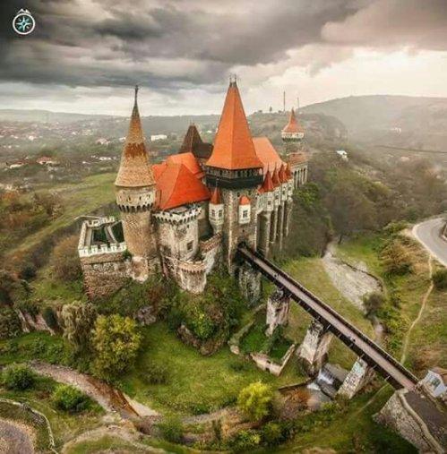 Castelul Huniazilor, Hunedoara, România