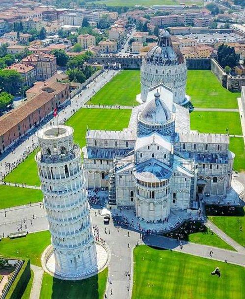Piazza dei Miracoli, Pisa !