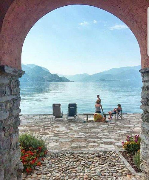 Rezzonico, Lombardia ~ Italy !