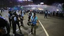 Ce-nu-au-voie-sa-faca-la-un-miting-si-de-cate-ori-si-au-incalcat-jandarmii-propria-lege-la-protestele-din-10-august.jpg