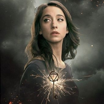 The Magicians: Stella Maeve, Julia, is so lovely